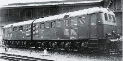 Diesel-Doppellokomotive D311.02 a/b <br/>Märklin 055284