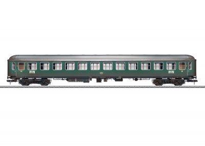 Personenwagen, B4üm, DB, gealtert <br/>Märklin 058028