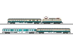 Zugpackung Eilzug 3956 DB AG <br/>TRIX 11635