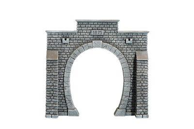 Tunnel-Portal, 1-gleisig, 24 x 23 cm <br/>NOCH 67200
