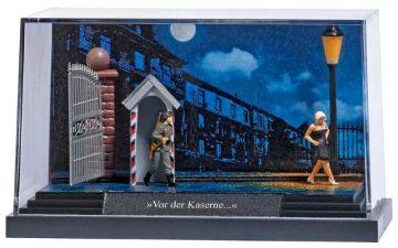 Kleindiorama: »Vor der Kaserne« <br/>BUSCH 7645 1