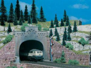 Tunnel-Portal, mit Aufsatz, 2 <br/>Vollmer 47813