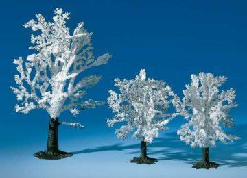 Laubbäume im Winter  <br/>Auhagen 77921 1
