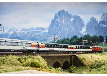 Wagen-Set Gotthard Panorama E <br/>TRIX 15674 3