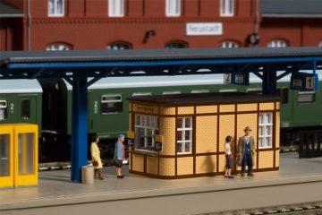 Bahnhofsausstattung <br/>Auhagen 13343 2