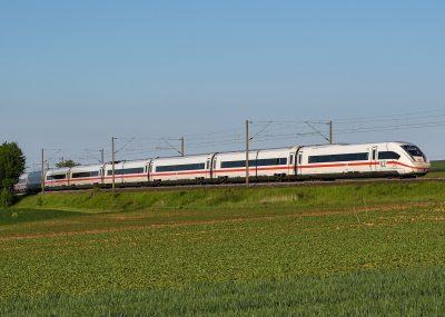Märklin 39714 <br/>Triebwagenzug Baureihe 412/812