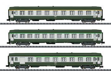 TRIX 15372 <br/>Schnellzugwagen-Set Orient-Ex 1