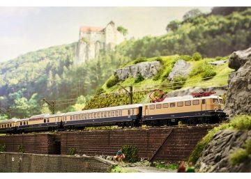TRIX 16102 <br/>Lok BR E10 Rheingold DB 3
