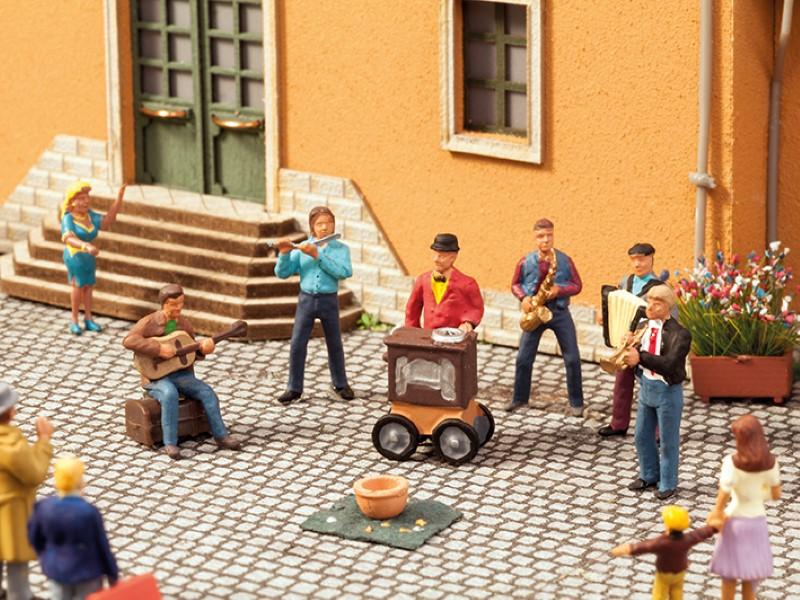 NOCH 12820 <br/>Straßenmusiker 2