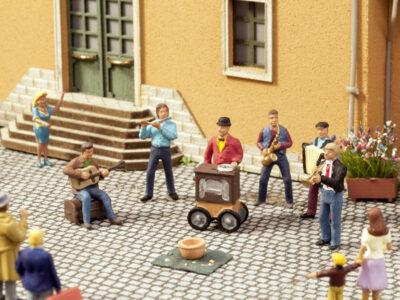 NOCH 12905 <br/>Straßenmusiker