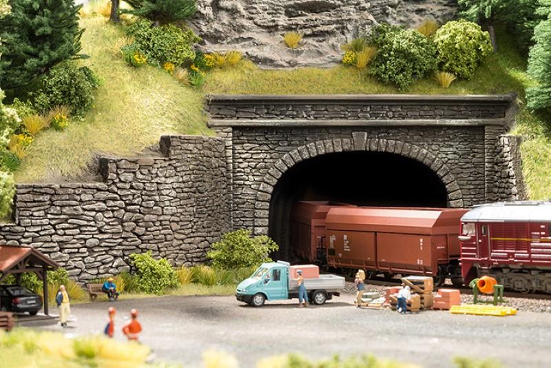 NOCH 58061 <br/>Tunnel-Portal, 1-gleisig, 15 x 12,5 cm