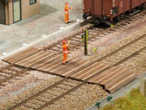 NOCH 67104 <br/>Gleisübergang