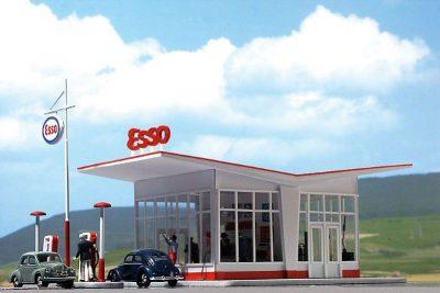 BUSCH 1005 <br/>Tankstelle