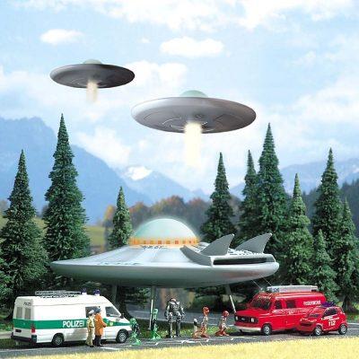 BUSCH 1010 <br/>UFO (Fliegende Untertasse)