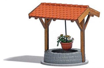 BUSCH 1524 <br/>Brunnen mit Blumenampel 1
