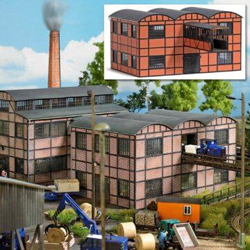 BUSCH 1558 <br/>Fabrikgebäude (Lagerhalle mit Gebäudebrücke) 1