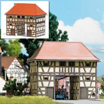 BUSCH 1650 <br/>Torhaus Ickelheim H0          1