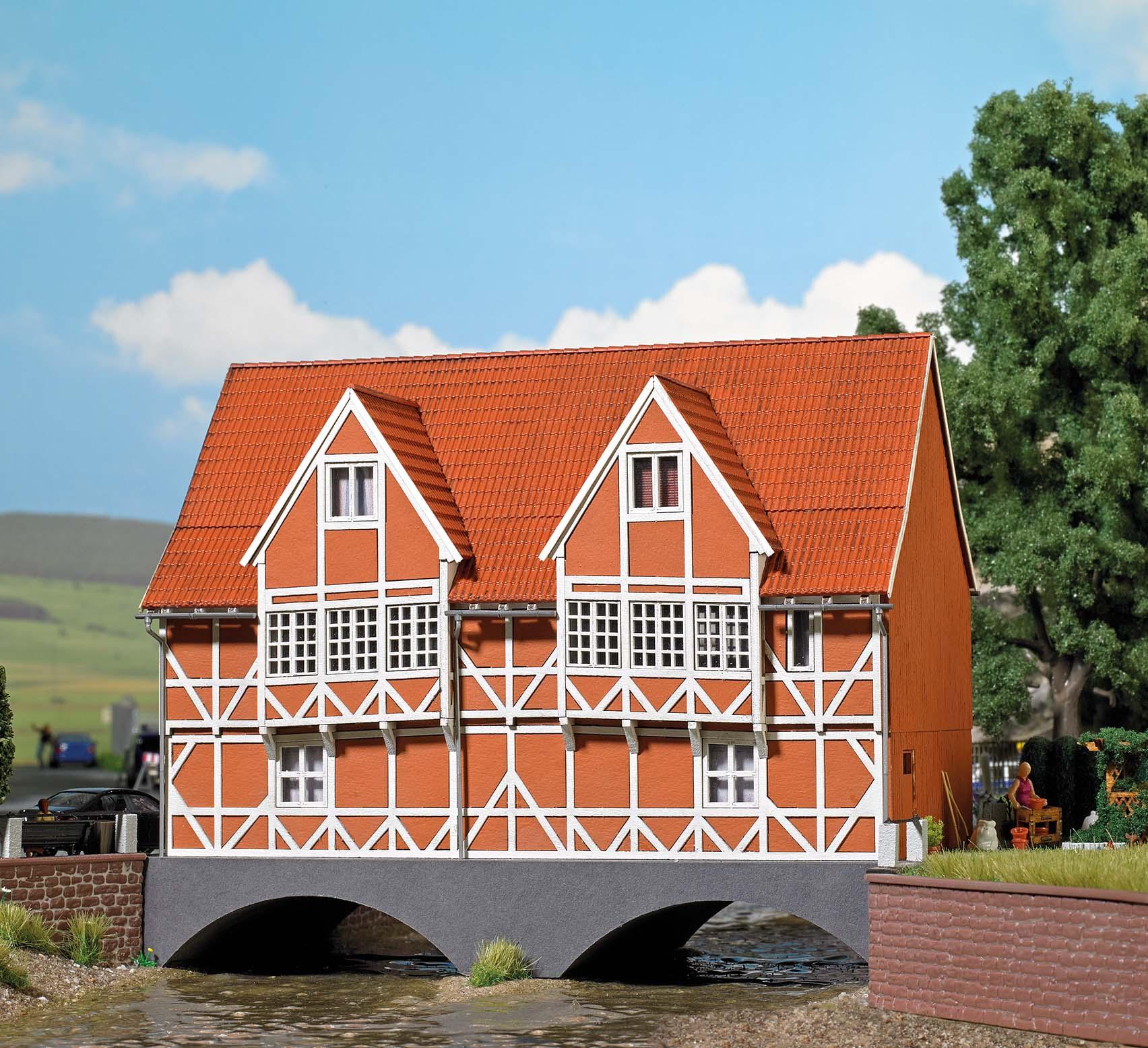 BUSCH 1656 <br/>Brückenhaus H0
