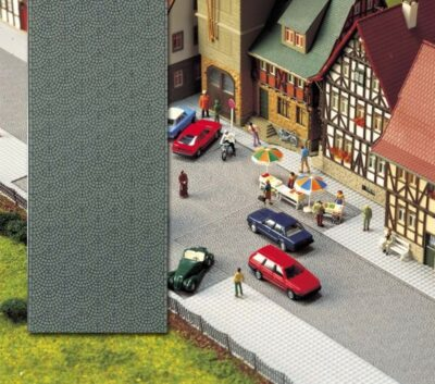 BUSCH 6031 <br/>Altstadt-Pflasterstraße