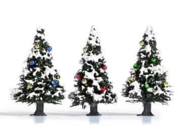 BUSCH 6464 <br/>Weihnachtsbäume, verschneit, 3 Stück 1