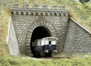 BUSCH 7022 <br/>Tunnel-Portal 1