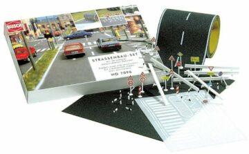 BUSCH 7097 <br/>Straßenbau-Set 1