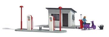 BUSCH 7832 <br/>A-Set: Tankstelle H0          1