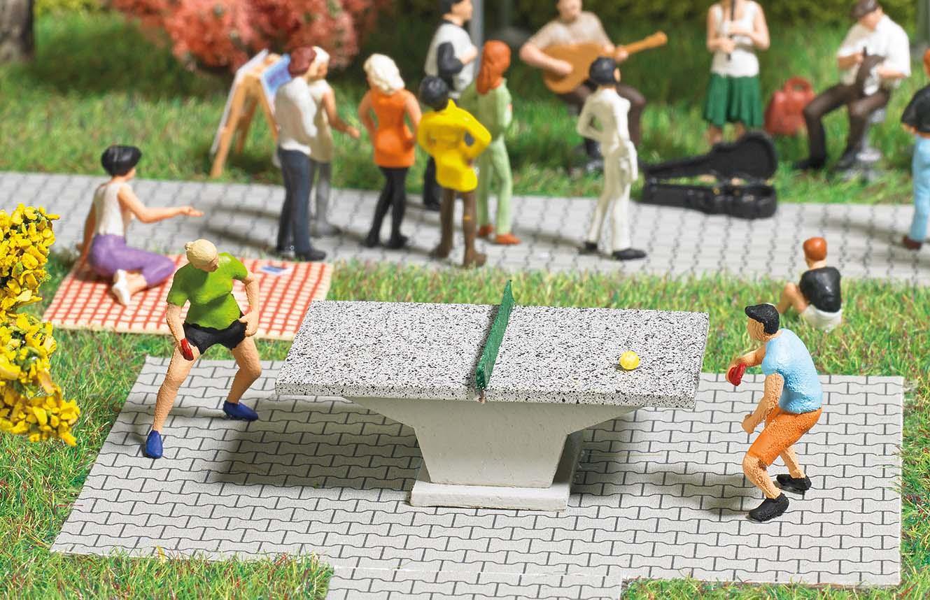 BUSCH 7843 <br/>Tischtennis H0 2