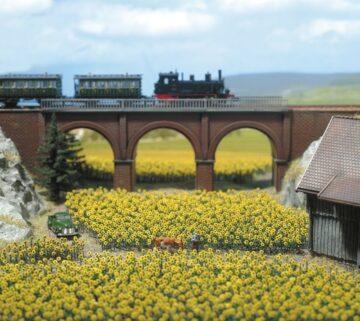 BUSCH 8103 <br/>Sonnenblumen, 96 Stück 1