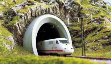 BUSCH 8194 <br/>Tunnelportal, ICE 1