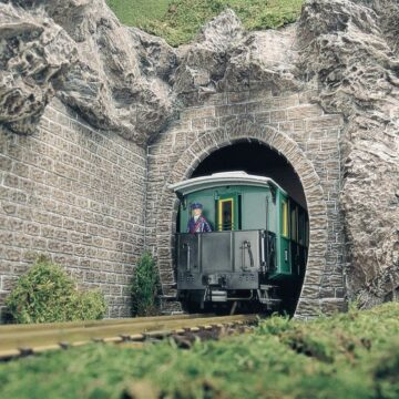BUSCH 8610 <br/>Tunnelportale, 2 Stück 1