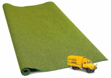 BUSCH 9770 <br/>Geländematten mit LKW         1