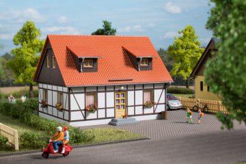 Auhagen 11453 <br/>Einfamilienhaus 1