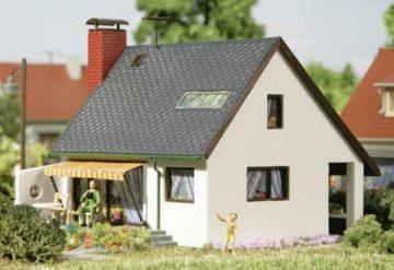 Auhagen 12246 <br/>Haus Carmen  1