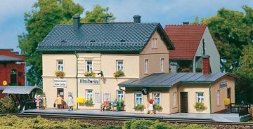 Auhagen 13231 <br/>Bahnhof Altmittweida  1