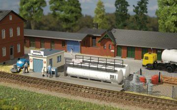 Auhagen 13326 <br/>Dieseltankstelle  1