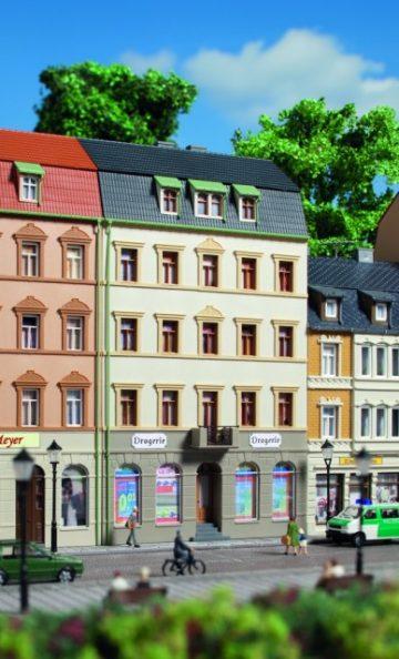 Auhagen 13336 <br/>Stadthaus Markt 2 1