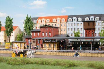 Auhagen 14484 <br/>Bahnhofsausstattung 1