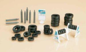 Auhagen 42590 <br/>Ständer mit Reifen und Gasflaschen