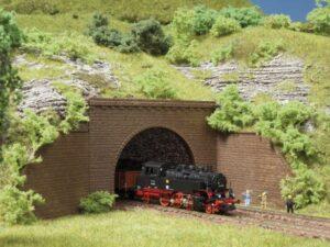 Auhagen 44636 <br/>Tunnel-Portale, 2-gleisig