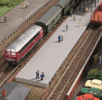 Auhagen 44641 <br/>Bahnsteig ohne Überdachung 1