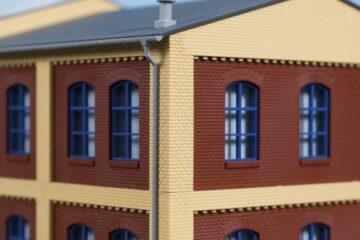 Auhagen 80415 <br/>Ecksäulen Obergeschoss gelb 1