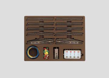 Märklin 8191 <br/>Erweiterungspackung  E mit Weiche mit elektromagnetischem Antrieb 1
