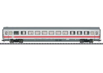 TRIX 23080 <br/>Abteilwagen Bvmz 185