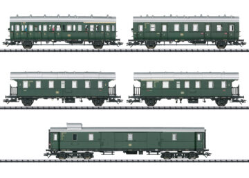 TRIX 23458 <br/>Personenwagen-Set zur E 44