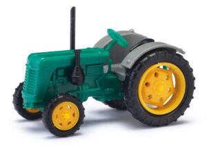 BUSCH 211006812 <br/>Traktor Famulus grün/grau TT