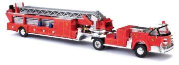 BUSCH 46031 <br/>LaFrance Leitertrailer offen 1