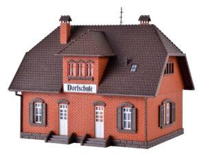 Vollmer 43570 <br/>H0 Kleine Dorfschule