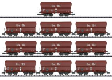 TRIX 15458 <br/>Display mit 10 Selbstentladewagen Erz IIId 1