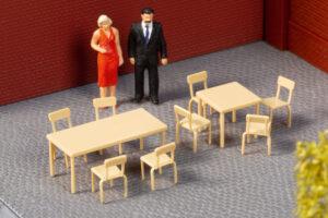 Auhagen 41671 <br/>Tische, Stühle